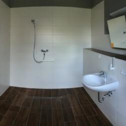 barrierefreies Bad im Gruppenhaus Ostseehof für Menschen mit Handicap