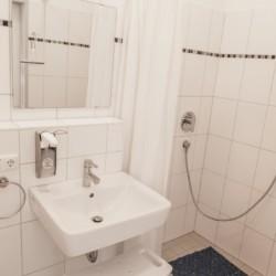 Sanitärbereich im Gruppenhaus Dornach in Bayern für Jugendfreizeiten