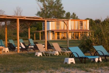 Panoramahaus im griechischen Feriencamp Strandlodge direkt am Mittelmeer