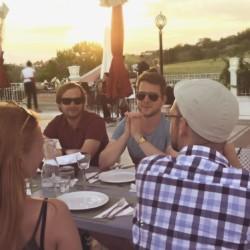 GRVO Dachterrasse mit Meerblick im Rolli-Hotel Villa Olymp in Griechenland.