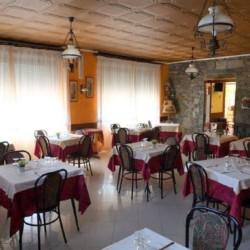 Der Essbereich im Gruppenhaus La Capannina in Italien.