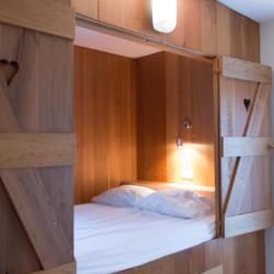 Eine Bettniesche im niederländischen Haus Stins.