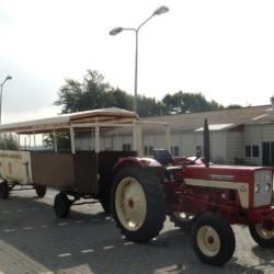 Rolligerechter Planwagen im handicapgerechten niederländischen Gruppenhaus SuyderZee.