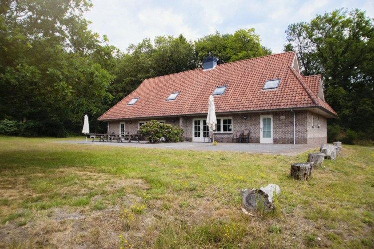 Niederländisches Gruppenhaus Stins für behinderte Menschen